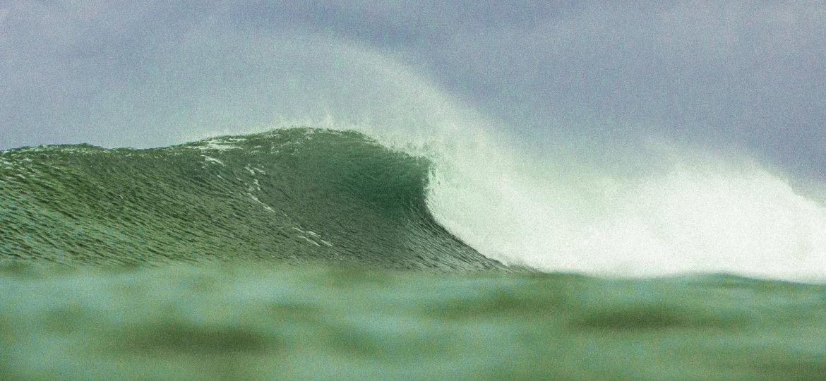 Comment choisir sa combinaison de surf pour l'hiver