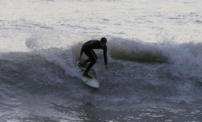 Surfing in St-Jean-de-Monts