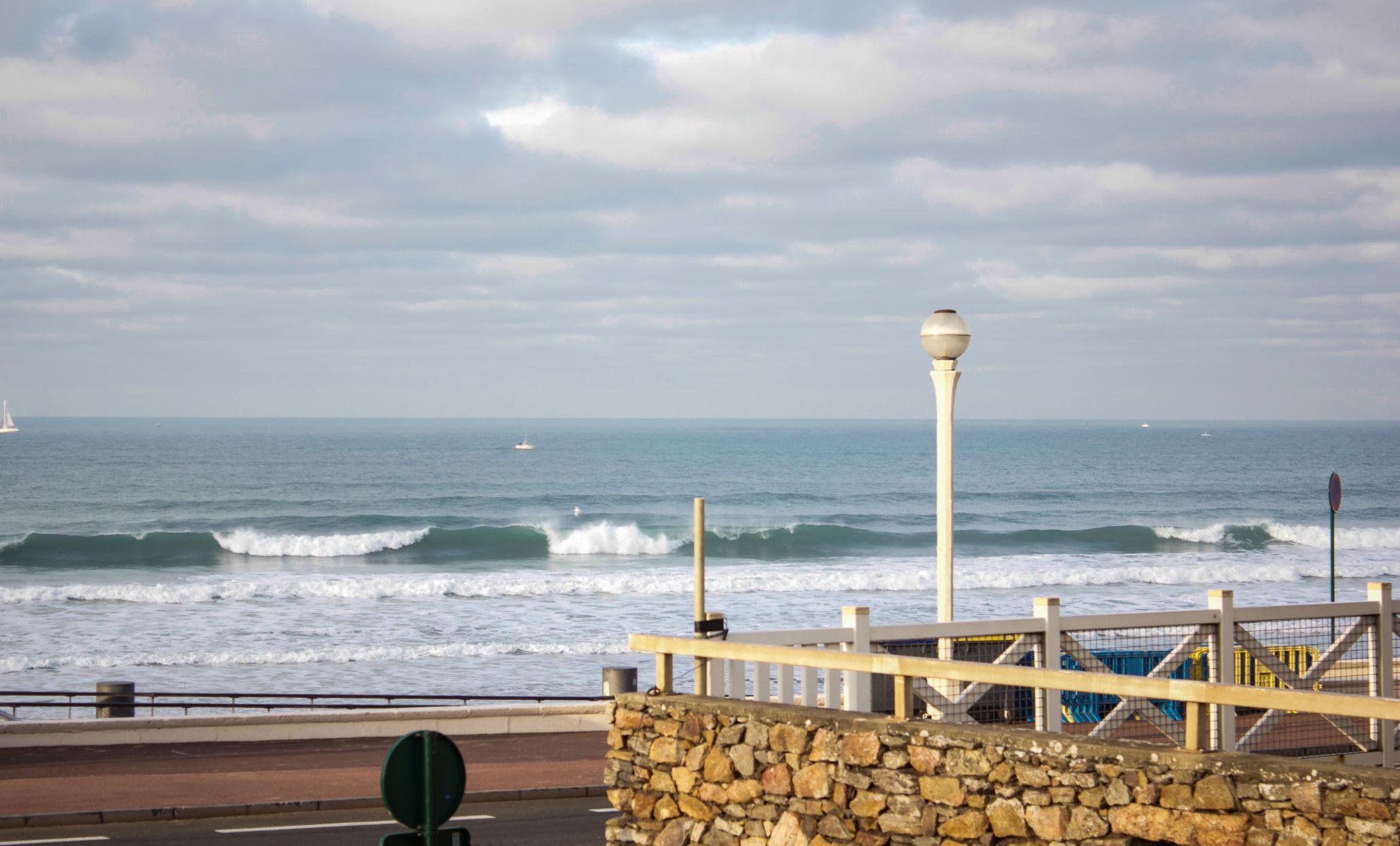 Surf à Tanchet aux Sables d'Olonnes