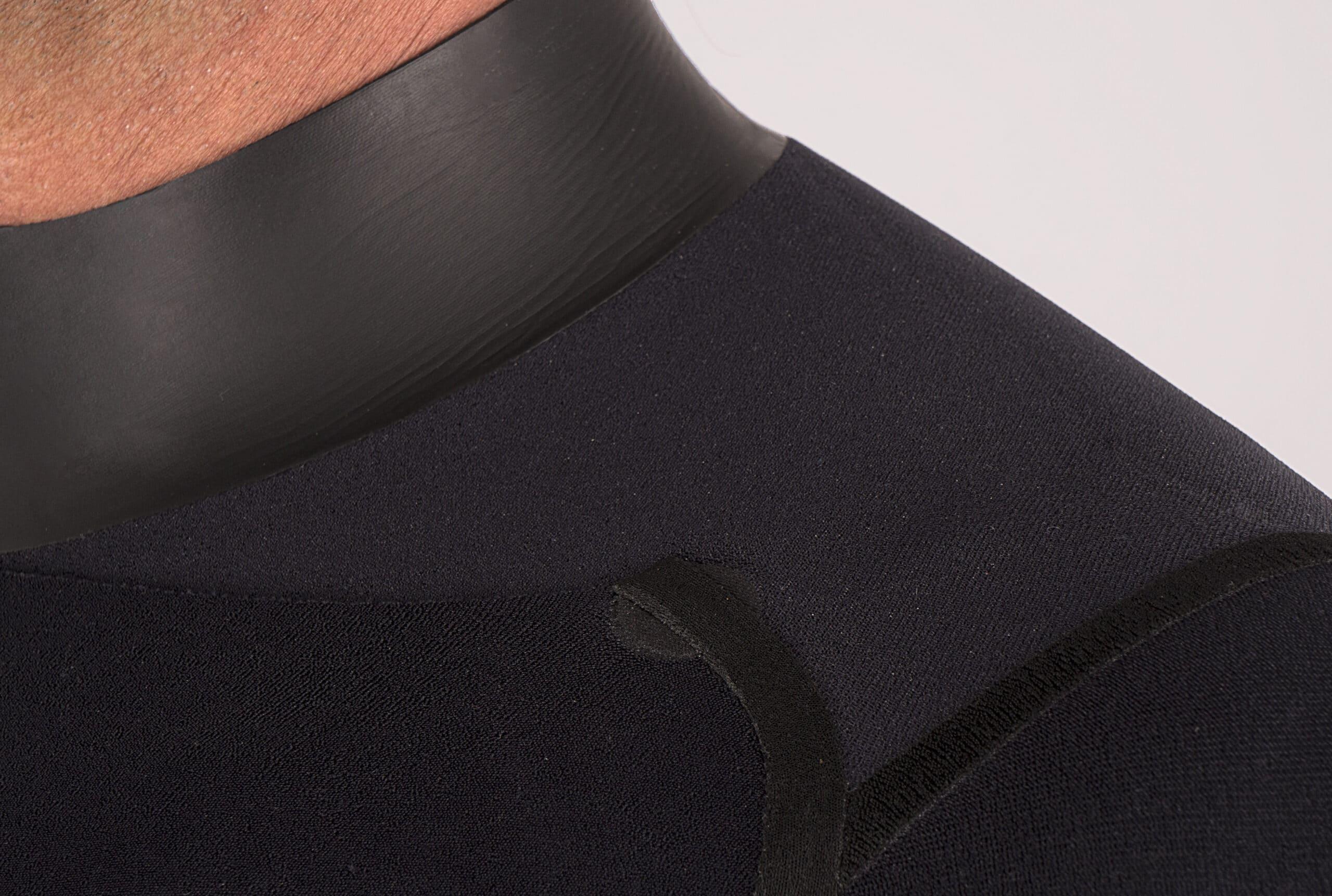 Protections sur le col combinaison 5/4 mm