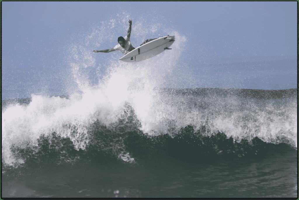 Surf à Medewi Bali