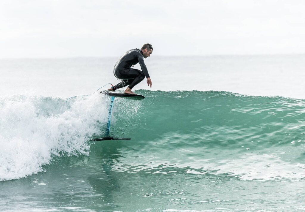 Comment choisir son spot de surf foil