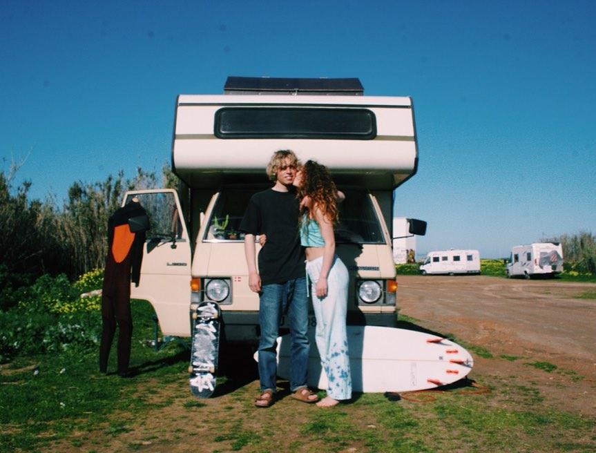 Surf with boyfriend