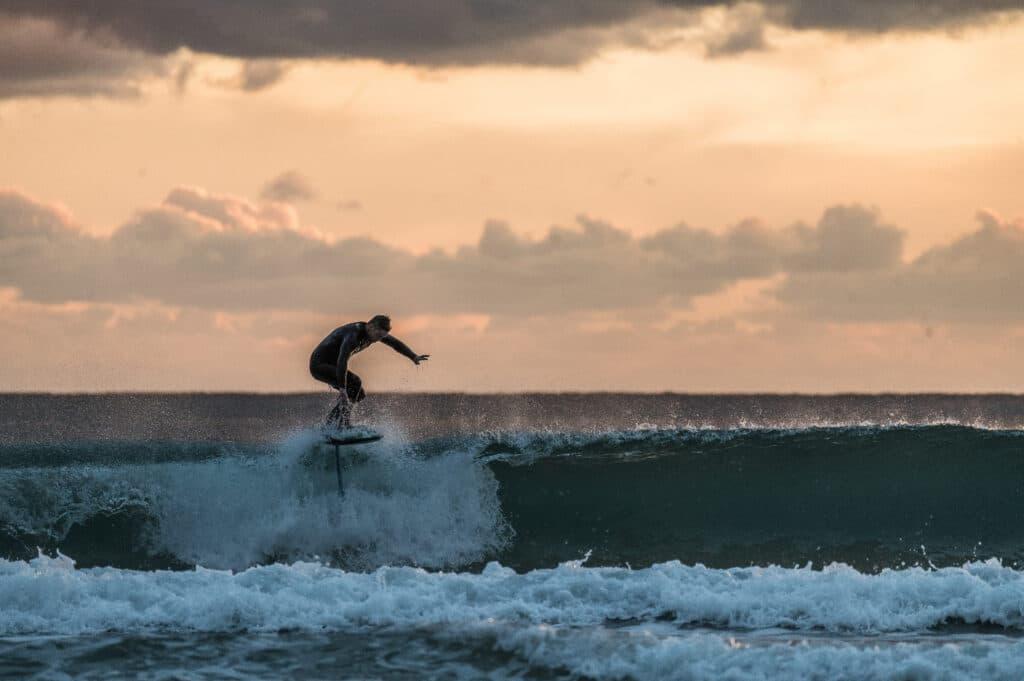 Caractéristiques spot surf foil
